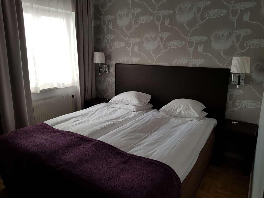 Best Western Vimmerby Stadshotell - doubleroom, kingbed