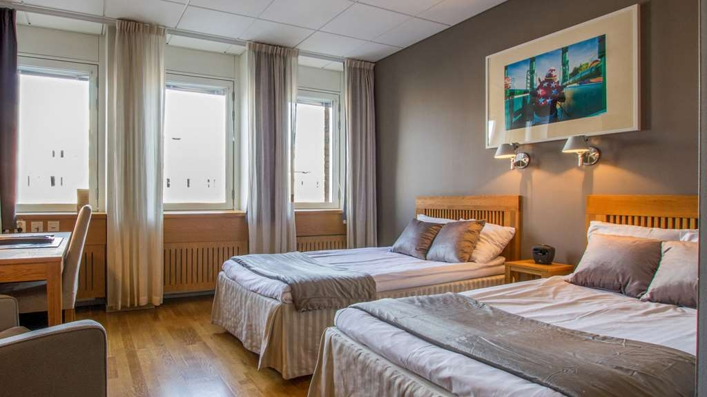 Best Western Hotel Danderyd - Twin Room with separate and comfortable beds!