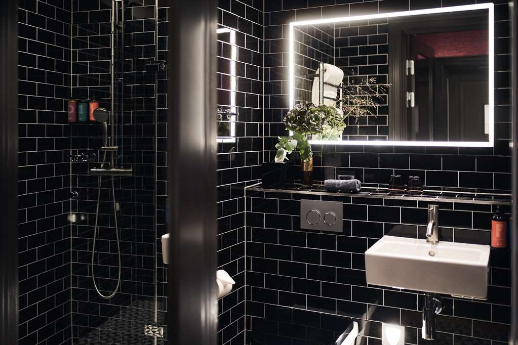 NOFO Hotel, BW Premier Collection - Standard Room: Carnaby Street, London