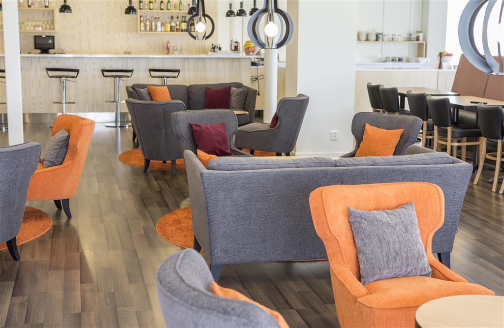 Best Western Hotell Ljungby - Bar y salón