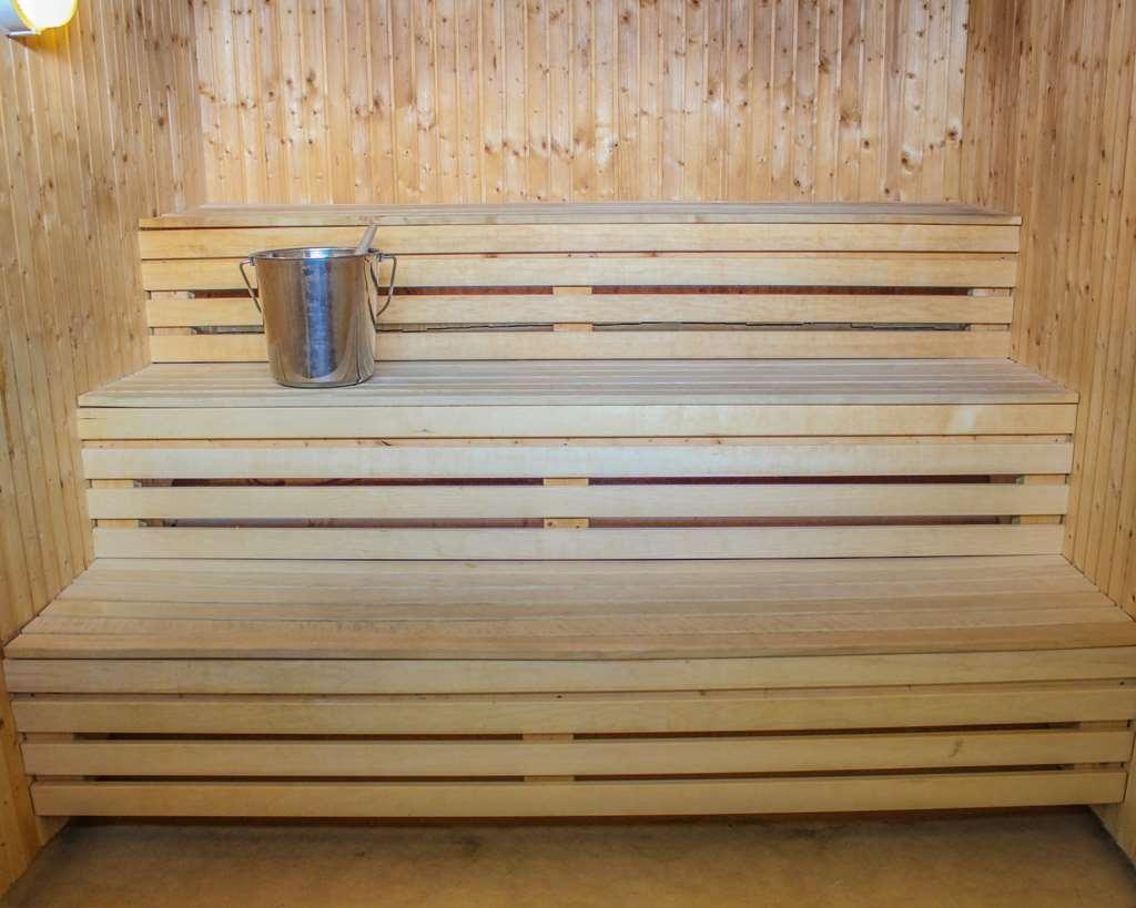 Best Western Hotell Karlshamn - Inside the sauna.