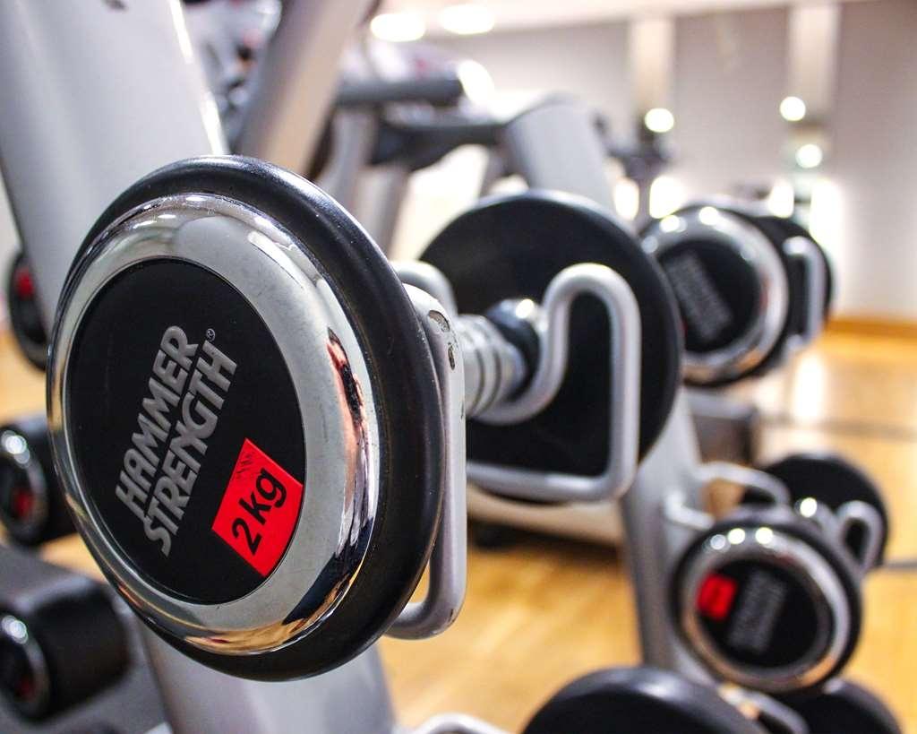 Best Western Hotell Karlshamn - Free weights in the gym.