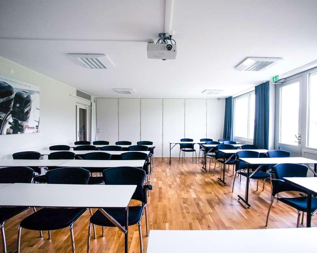 Best Western Hotell Karlshamn - Classroom setup in the conference room called Tärnö.