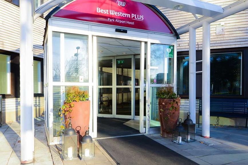 Best Western Plus Park Airport Hotel - Facciata dell'albergo