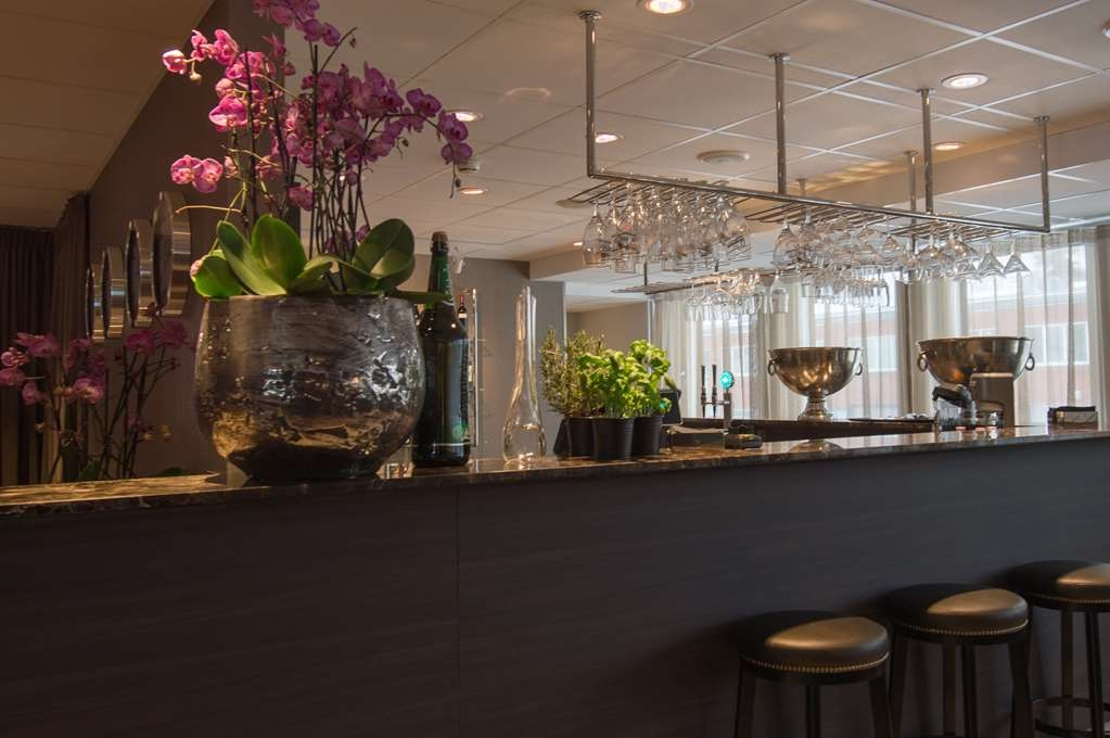 Best Western Plus Park Airport Hotel - Restaurant / Etablissement gastronomique