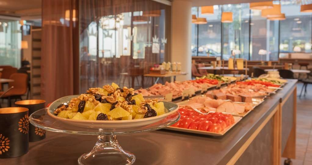 Best Western Malmo Arena Hotel - Breakfast at Nilsson's