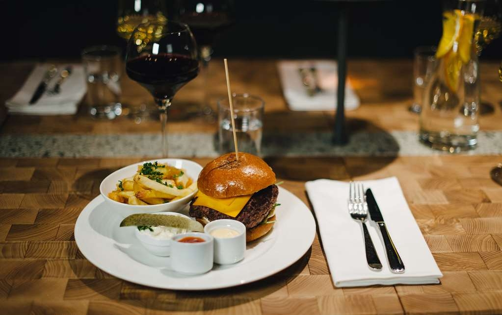 Best Western and hotel - Restaurant / Etablissement gastronomique