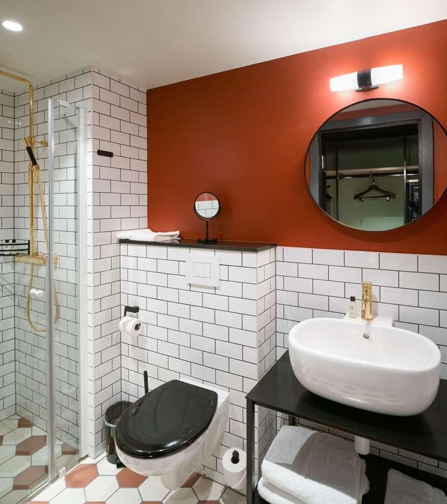 The Winery Hotel, BW Premier Collection - Guest Bathroom