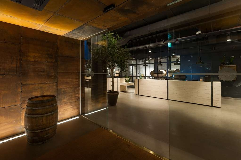 The Winery Hotel, BW Premier Collection - Lobby Entrance