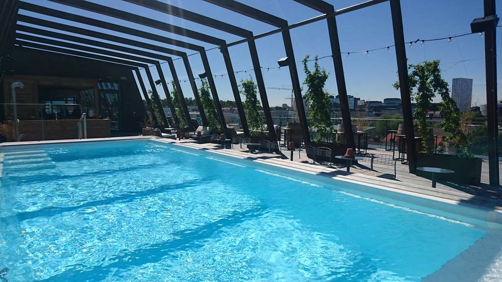The Winery Hotel, BW Premier Collection - Rooftop pool at The Winery Hotel