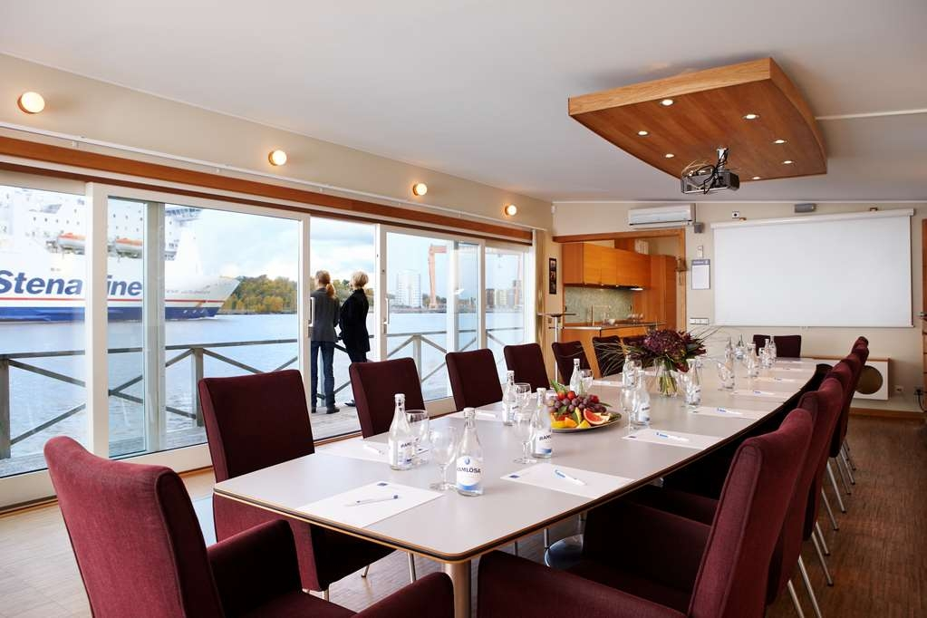 Best Western Plus Waterfront Hotel - Sala de reuniones