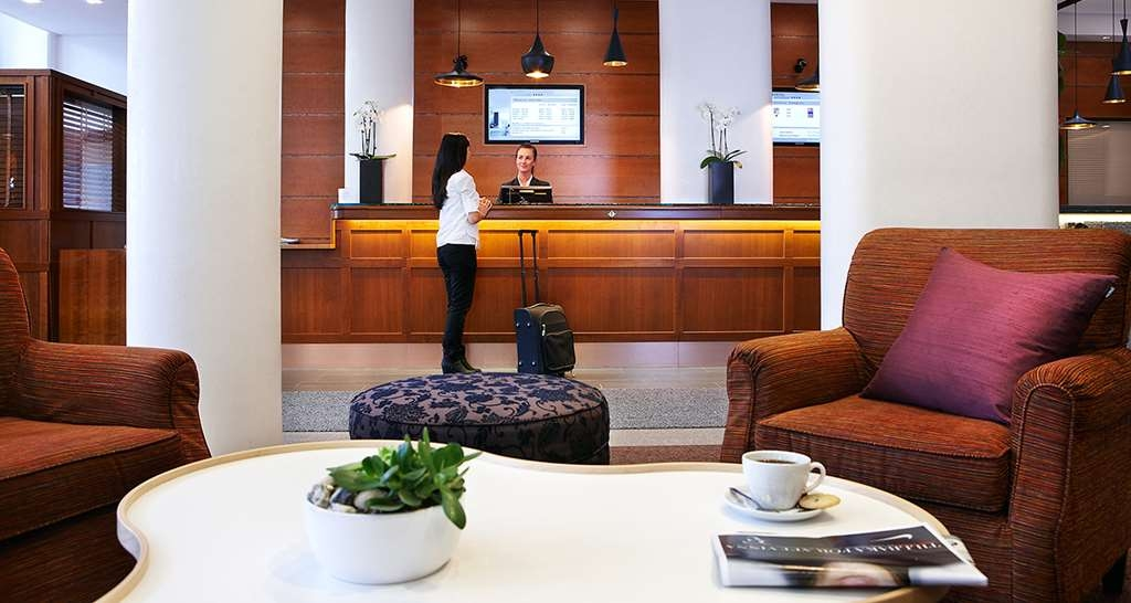 Best Western Plus Waterfront Hotel - empfang