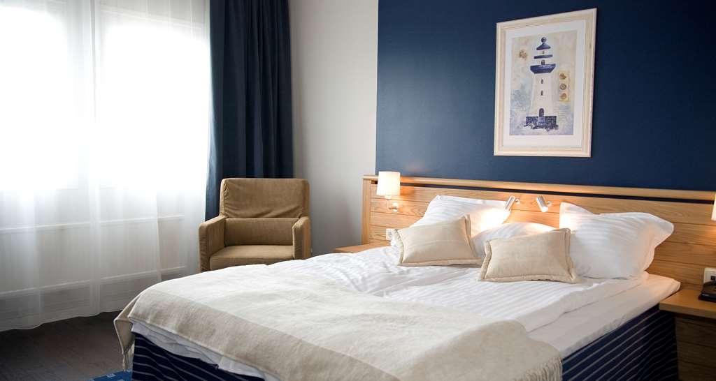 Best Western Plus Waterfront Hotel - Suite Modern