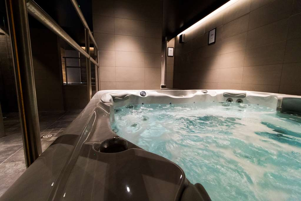 Best Western Plus Hus 57 - HUS 57 Bubbelpool