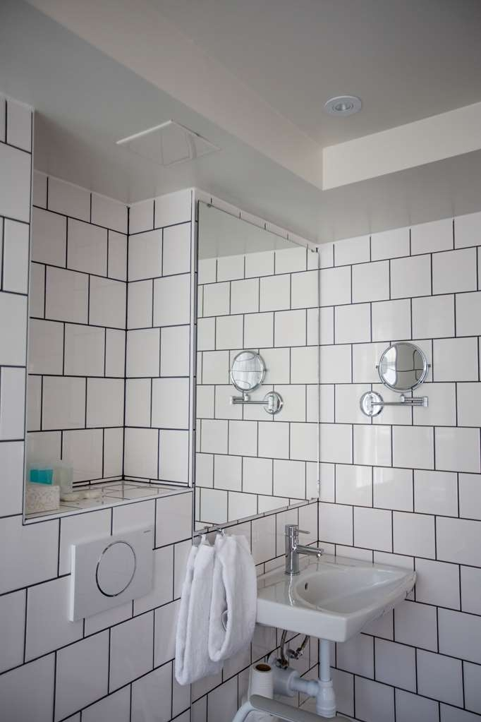 Best Western Plus Hotell Nordic Lund - Guest Room Bathroom