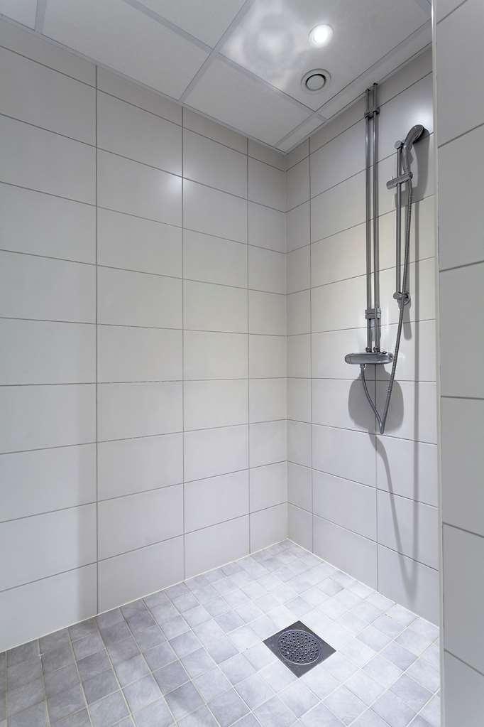 Best Western Stockholm Jarva - Shower