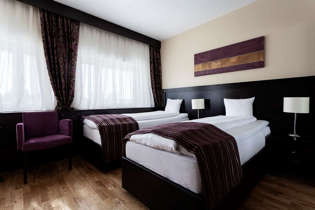 Best Western Stockholm Jarva - Standard Guest Room with Two Twin Size Beds
