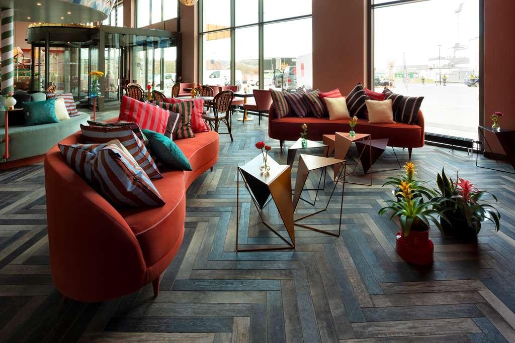 Best Western Plus Aby Hotel - Vue du lobby