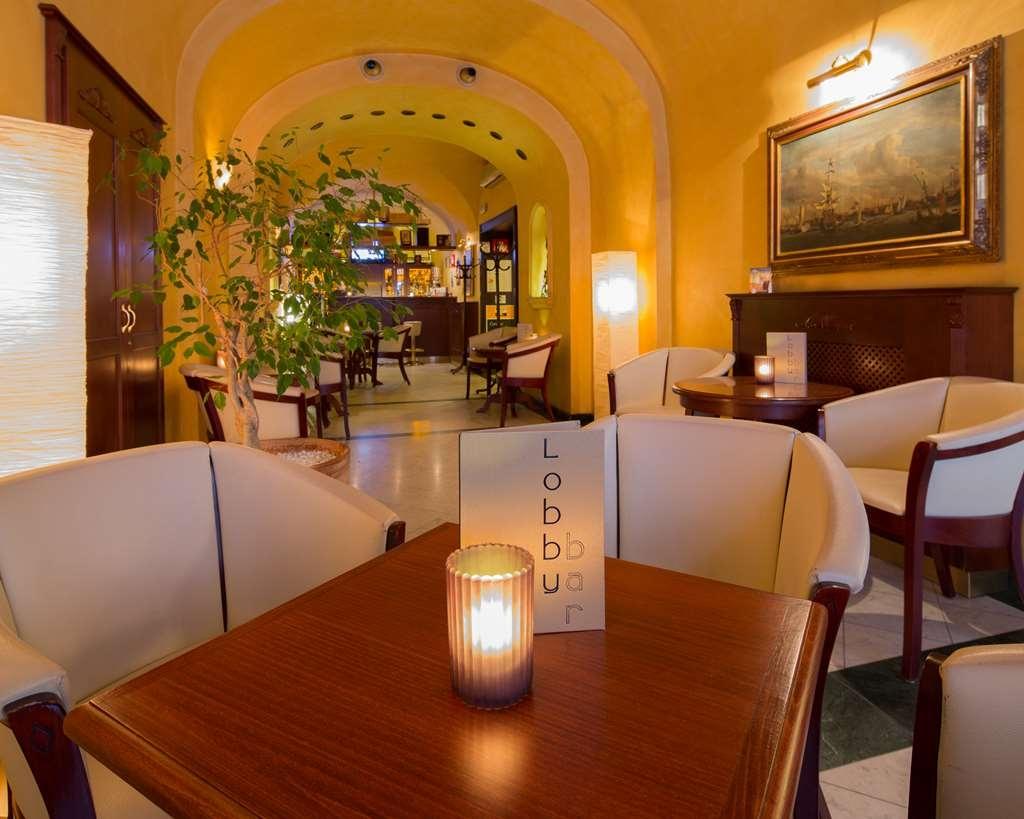 Best Western Plus Hotel Meteor Plaza - Vista del vestíbulo