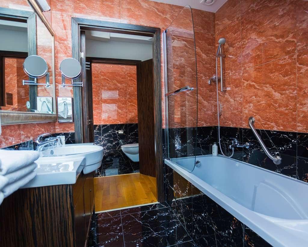Best Western Plus Hotel Arcadia - Salle de bain