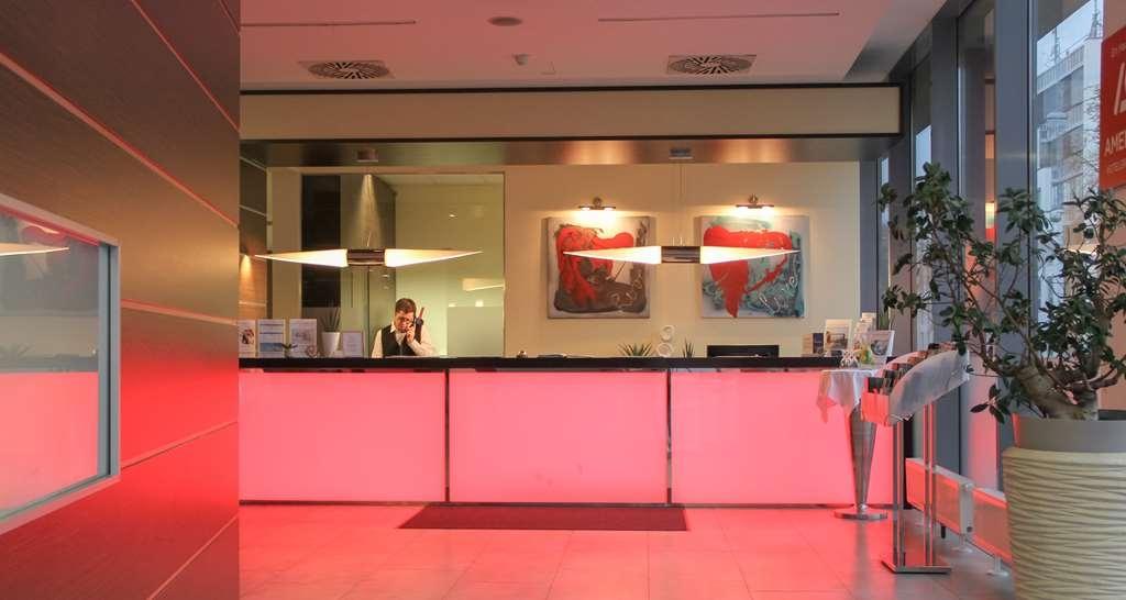 Best Western Plus Amedia Graz - Vue du lobby