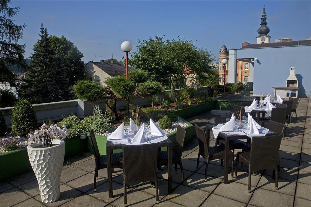Best Western Amedia Wels - Roof Terrace