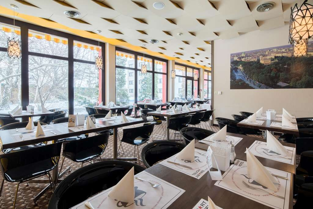 Best Western Smart Hotel - Restaurant / Gastronomie
