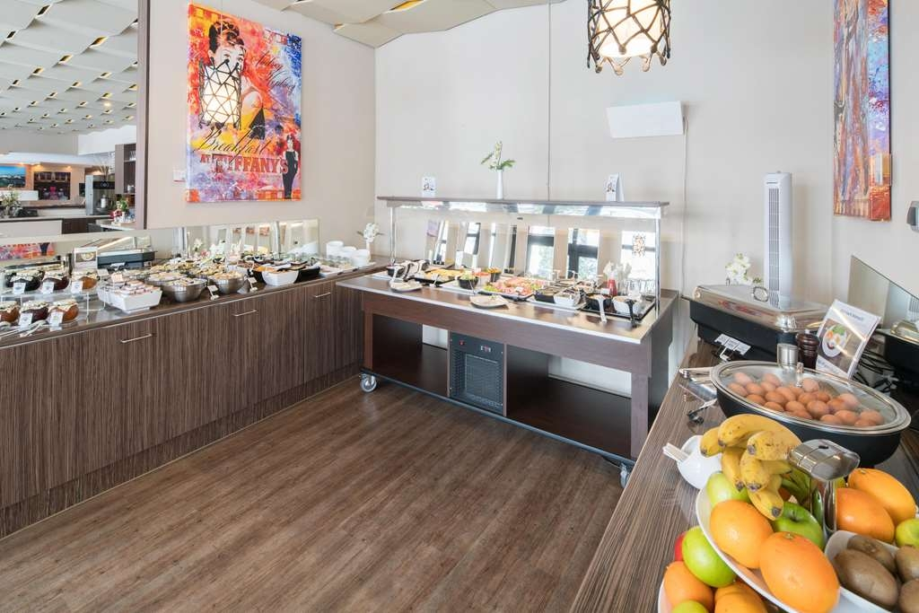 Best Western Smart Hotel - breakfast area