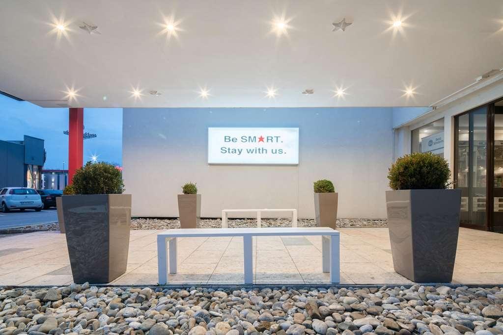 Best Western Smart Hotel - Lobbyansicht