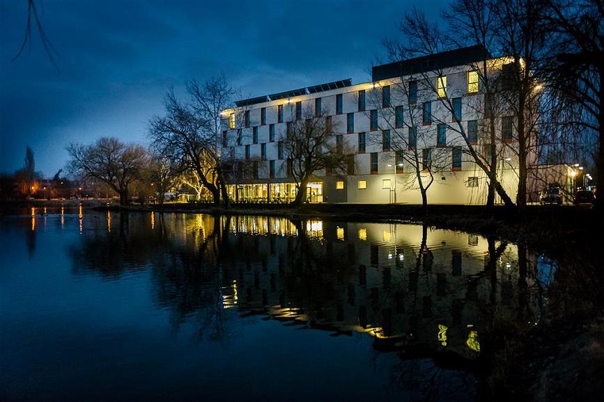 Best Western Plus Lakeside Hotel - Aussenansicht