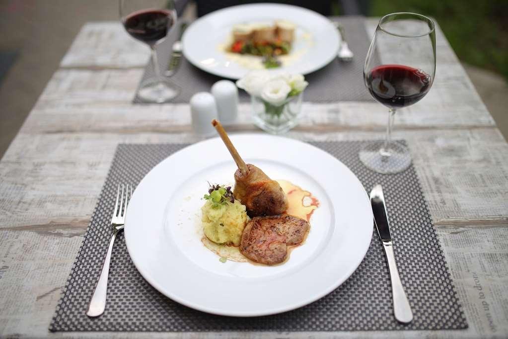 Best Western Plus Lakeside Hotel - Restaurant / Gastronomie