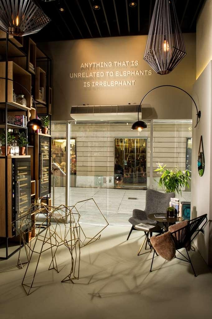 Best Western Premier Hotel Slon - Bar / Lounge