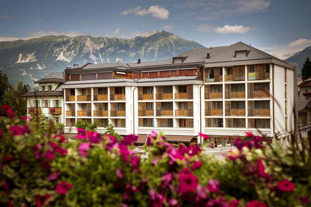 Best Western Premier Hotel Lovec - Façade