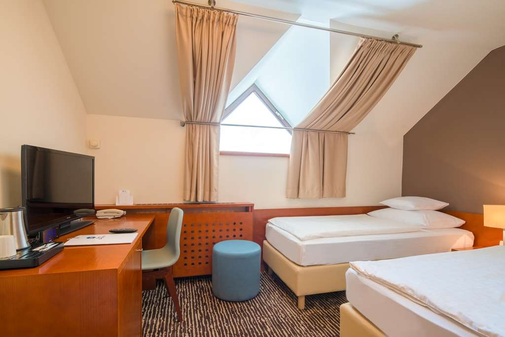 Best Western Hotel Kranjska Gora - Gästezimmer/ Unterkünfte