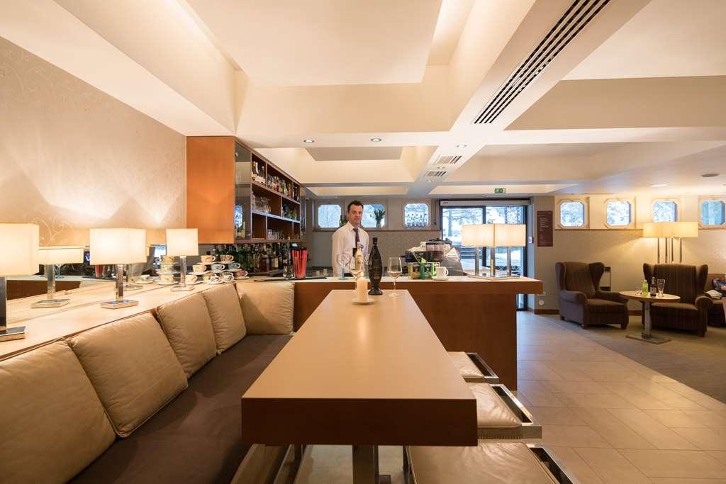 Best Western Hotel Kranjska Gora - Bar/Lounge