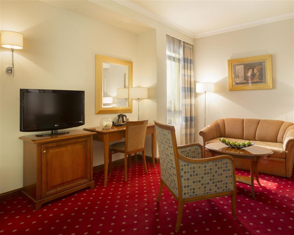 Best Western Premier Hotel Astoria - Gästezimmer/ Unterkünfte