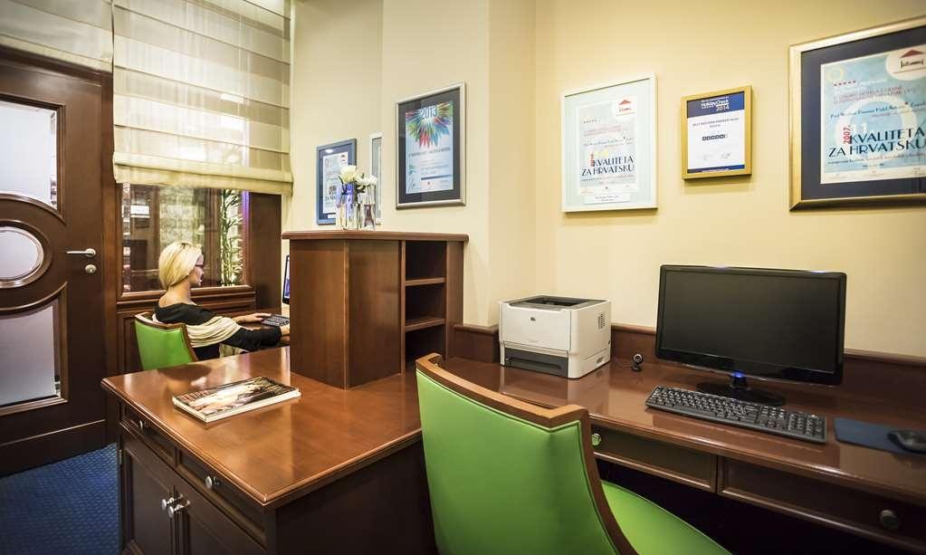Best Western Premier Hotel Astoria - centro de negocios-característica