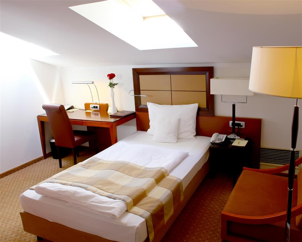 Best Western Premier Montenegro - Single Standard Guest Room
