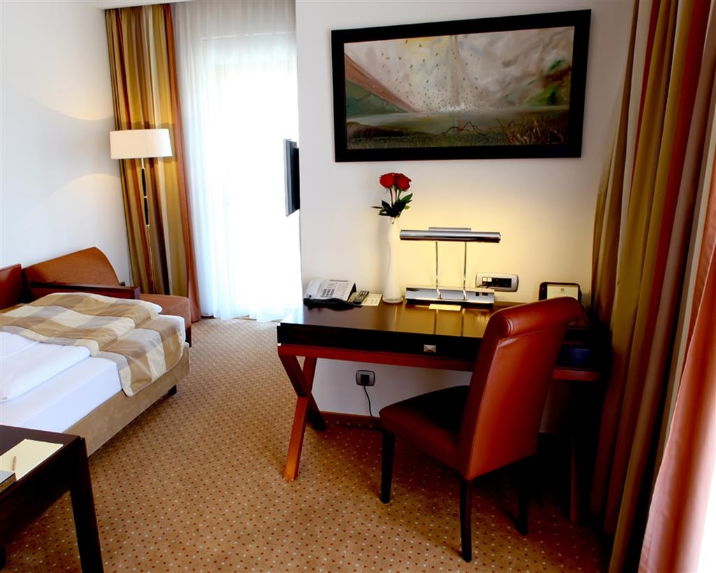 Best Western Premier Montenegro - Single Deluxe Guest Room