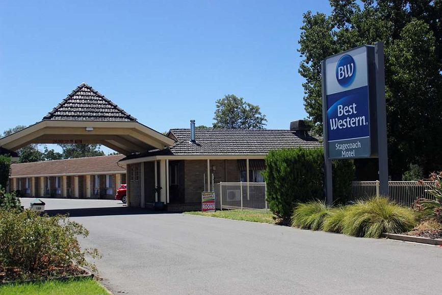 Best Western Stagecoach Motel - Facciata dell'albergo