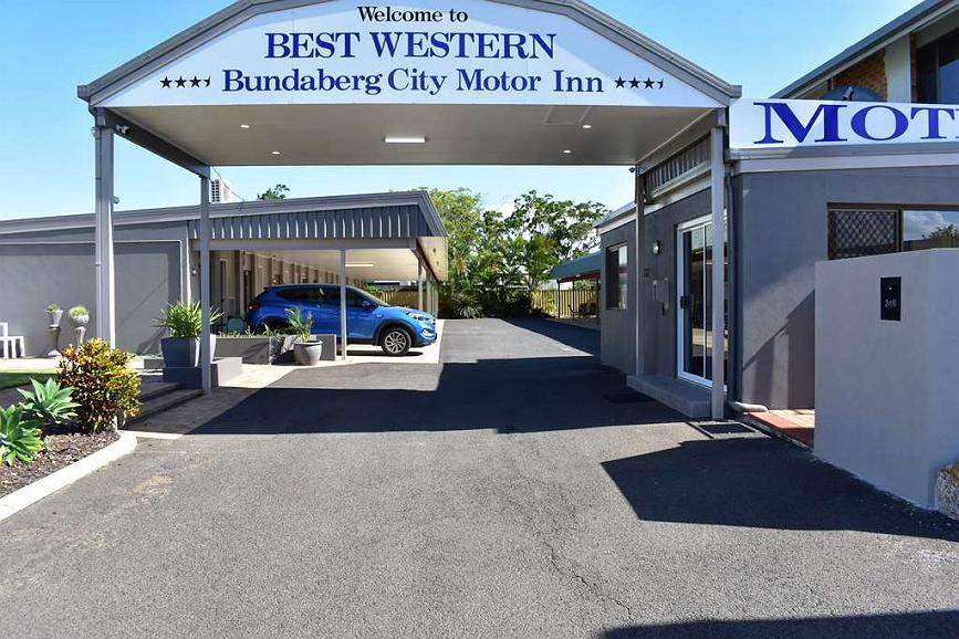 Best Western Bundaberg Cty Mtr Inn - Exterior Entrance