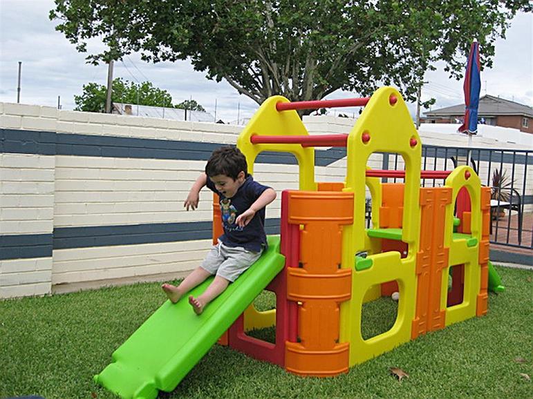 Best Western Motel Farrington - Parque infantil
