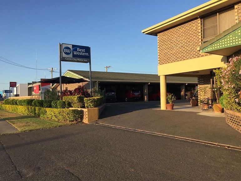 Best Western Cattle City Motor Inn - Façade
