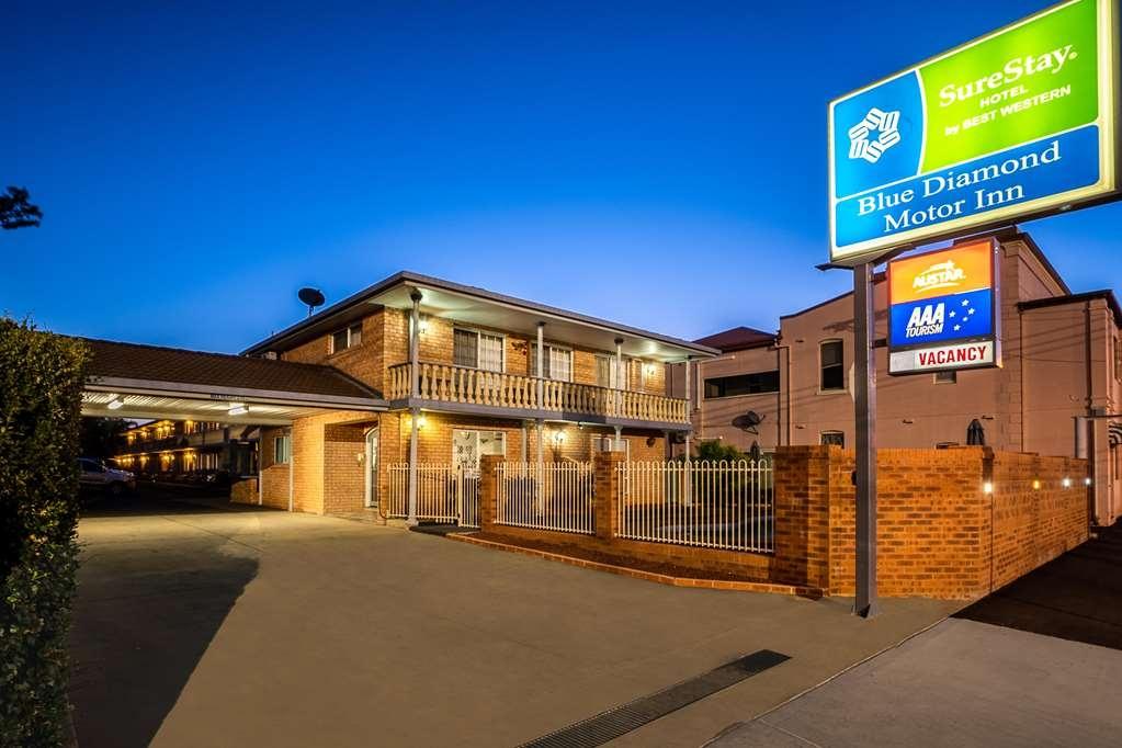 SureStay Hotel by Best Western Blue Diamond Motor Inn - Außenansicht