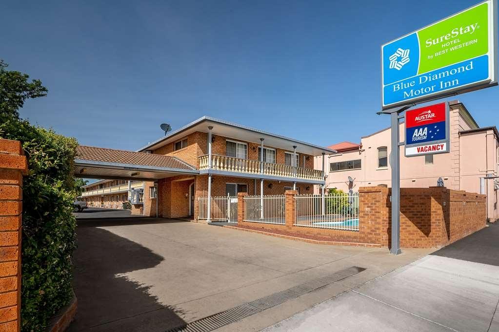 SureStay Hotel by Best Western Blue Diamond Motor Inn - Facciata dell'albergo