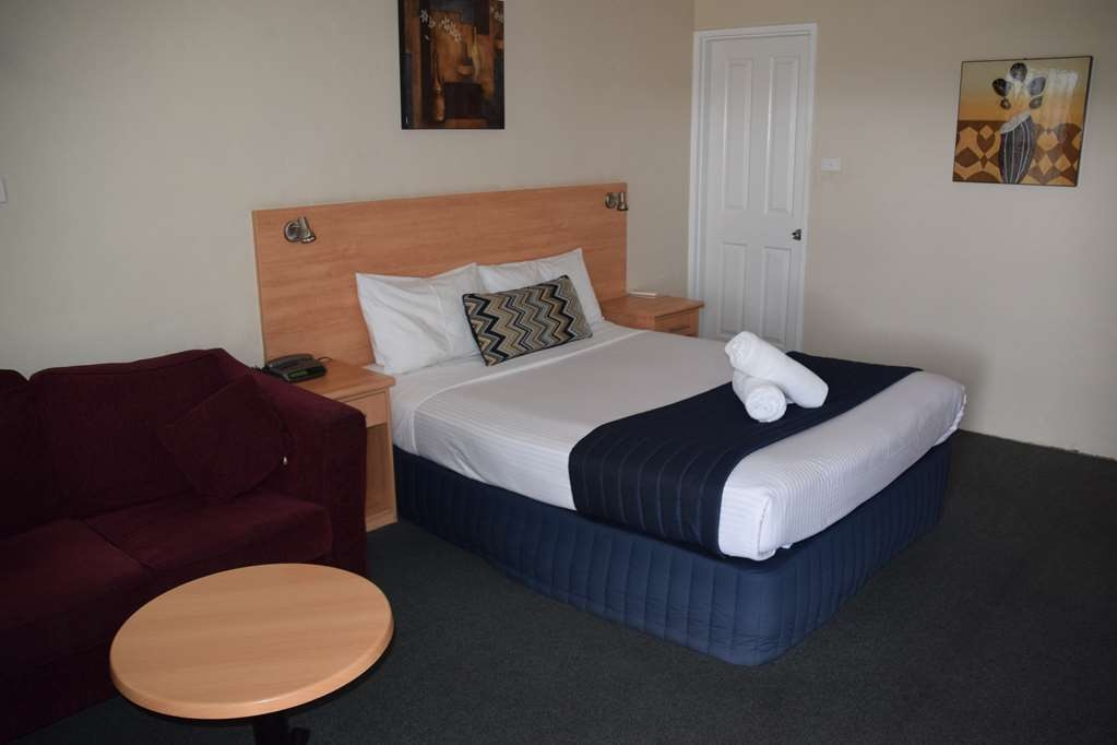 Best Western Coachman's Inn Motel - Queen Room