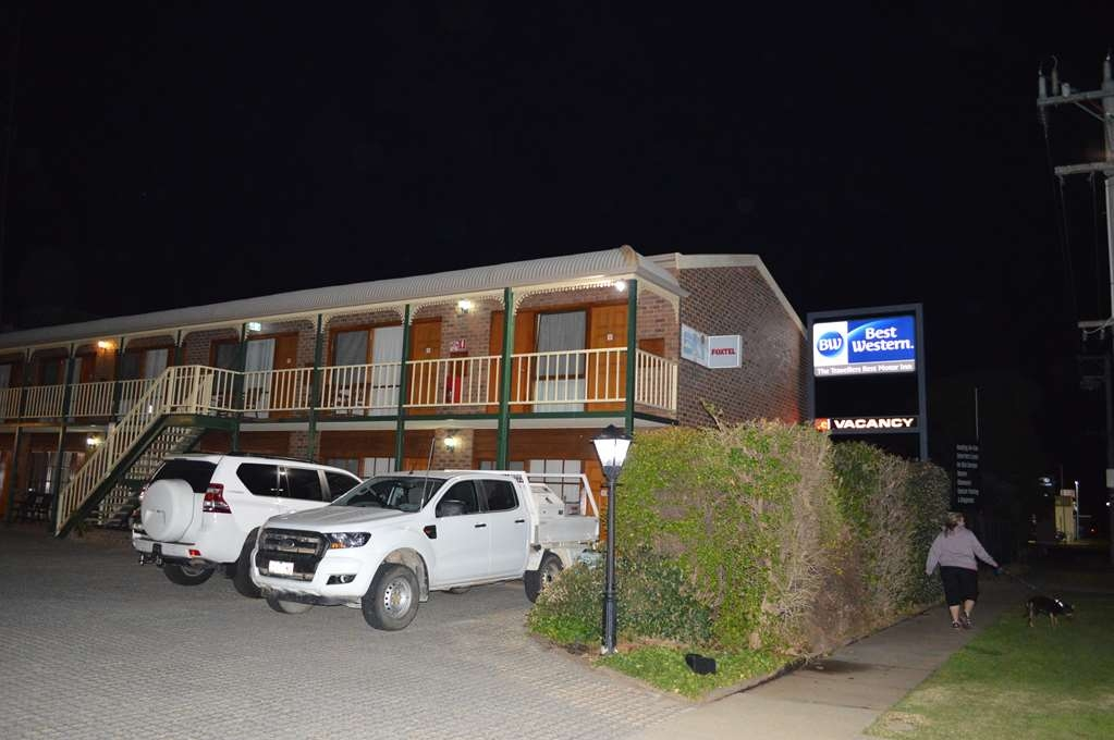 Best Western Travellers Rest Motor Inn - Vista Exterior