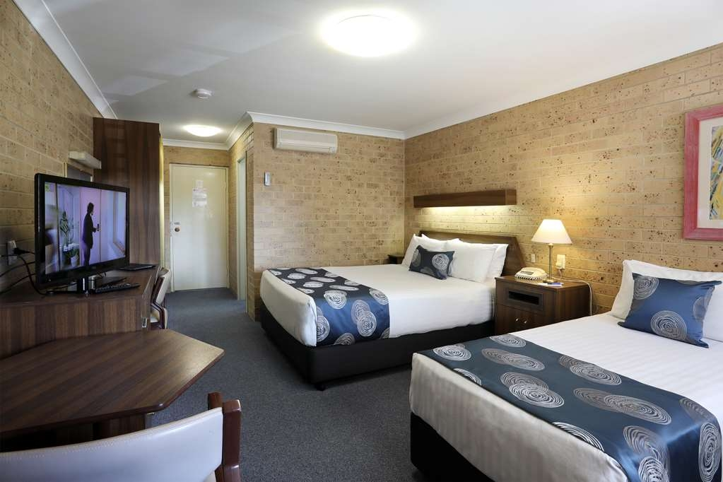 Best Western Tamworth Motor Inn - Guest Room