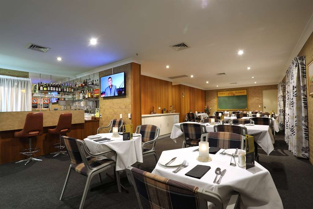 Best Western Tamworth Motor Inn - Bar/Lounge