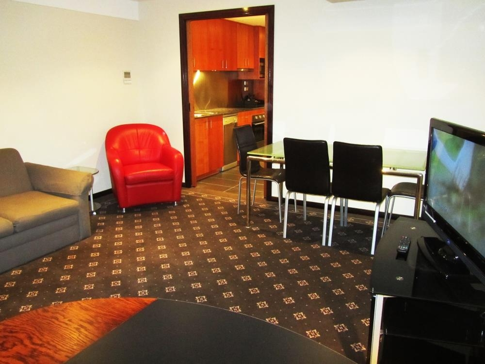 Best Western Plus Goulburn - 2 Bedroom Apartment-Living Room